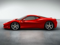 Ferrari 458 Italia Spider 2