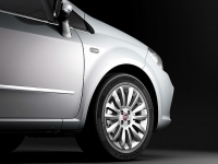 Fiat Linea 1.3 L Dynamic 0