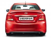 Hyundai 4S Fluidic Verna 1.6 VTVT SX 2