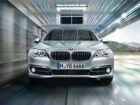 BMW 5 Series 520d Luxury 1