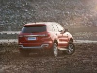 Ford Endeavour 3.2L Titanium AWD AT 1