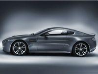Aston Martin DBS V12 Volante 2
