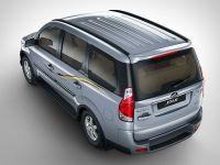 Mahindra Xylo H4 ABS BS4 2