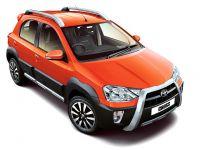 Toyota Etios Cross 1