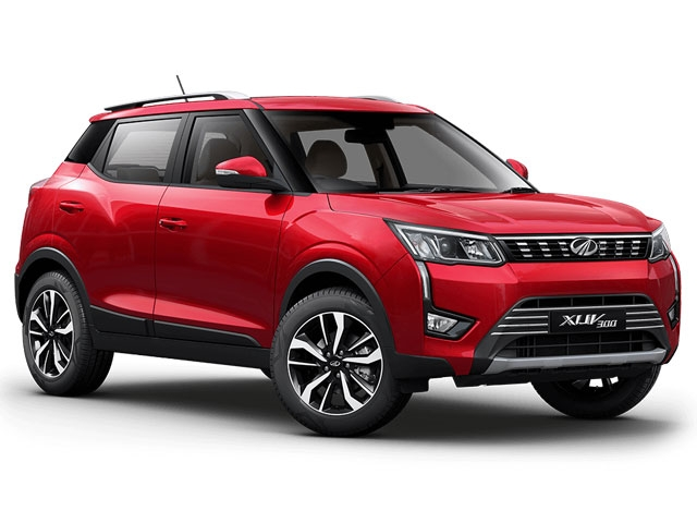 Mahindra XUV300 1.2 W8 (Optional Pack Dual Tone)