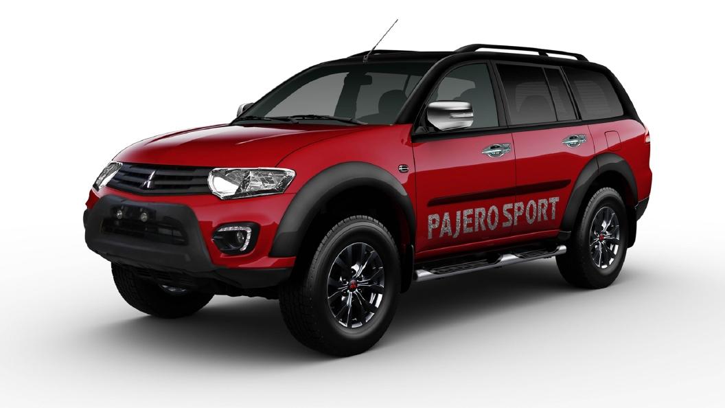 Mitsubishi  Pajero Sport Black / Red Colour