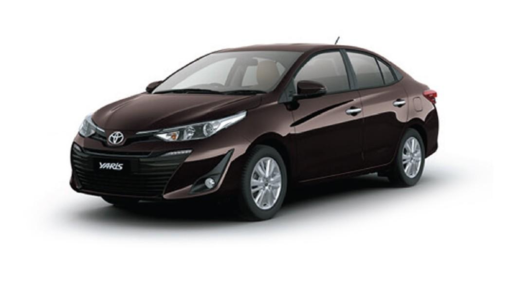 Toyota  Yaris Phantom Brown Colour