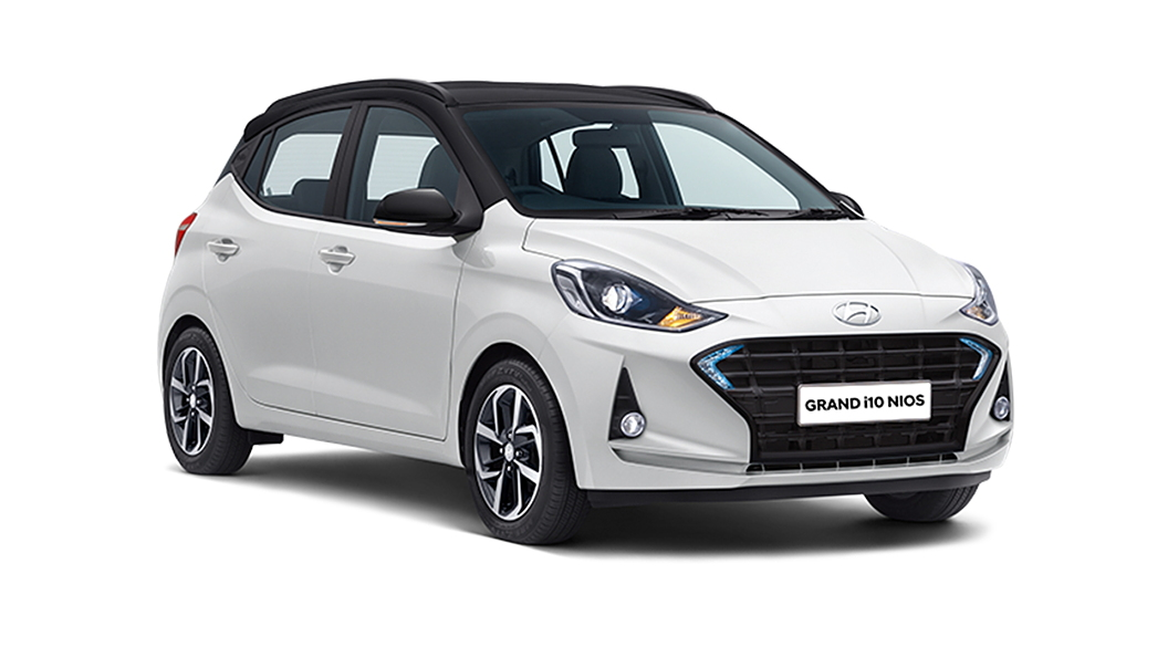 Hyundai  Grand i10 Nios Polar White/Black Colour