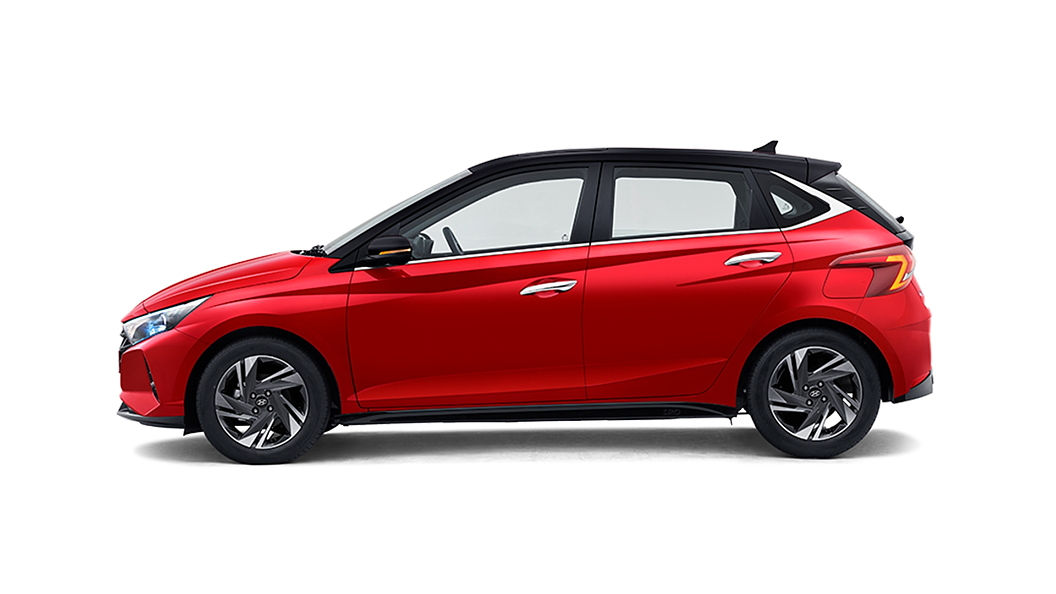 Hyundai  I20 Fiery Red with Black Roof Colour