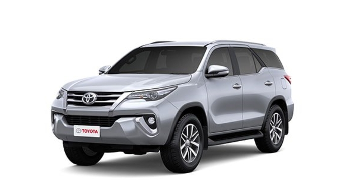Toyota  Fortuner Silver Metallic Colour