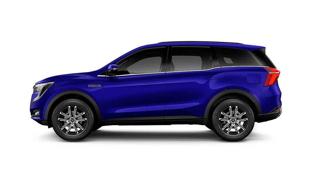 Mahindra  XUV700 Electric Blue Colour