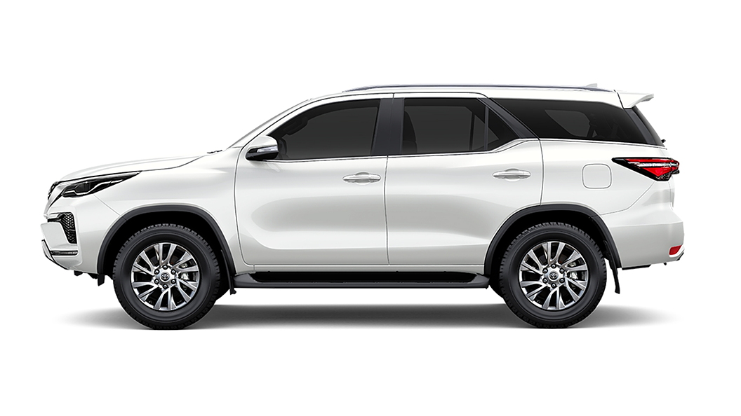 Toyota  Fortuner White Pearl Crystal Shine Colour