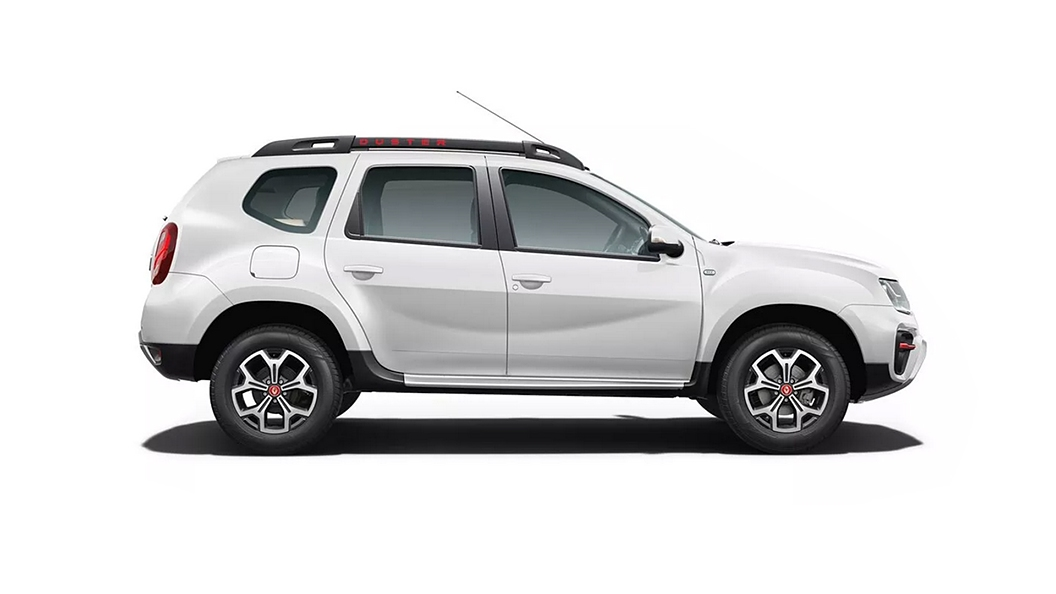 Renault  Duster Pearl White Colour