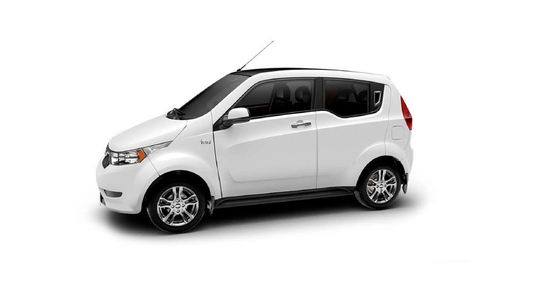 Mahindra  E2o PLUS Solid White Colour