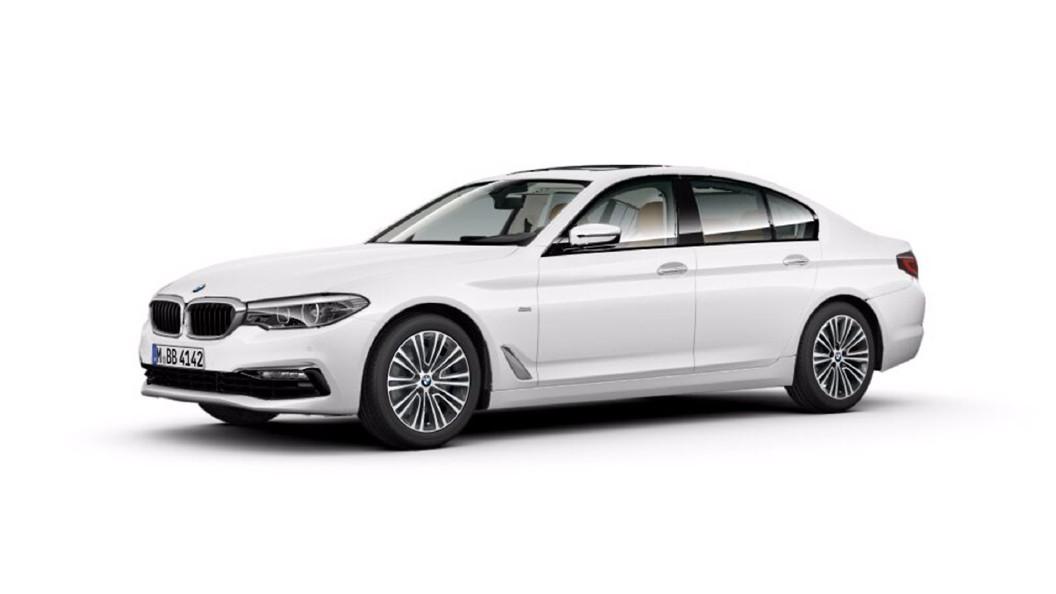 BMW  5 Series Alpine White Colour