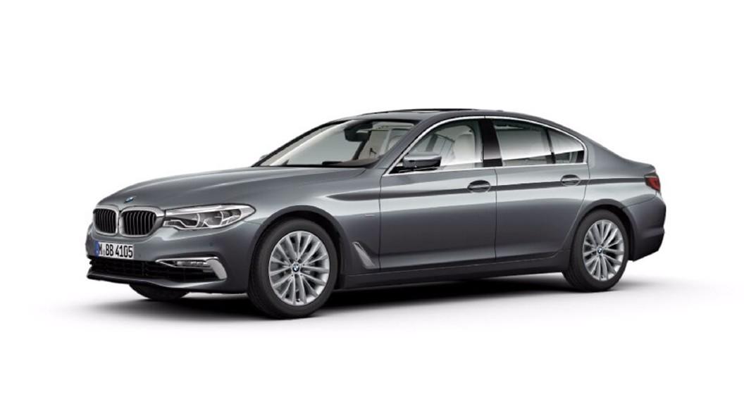BMW  5 Series Bluestone Metallic Colour
