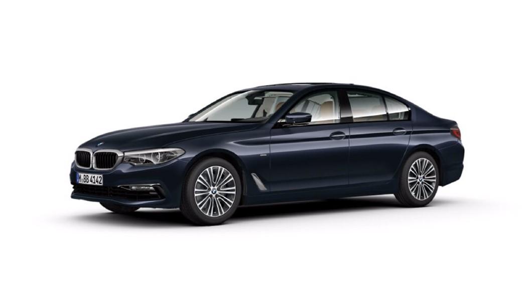 BMW  5 Series Imperial Blue Colour