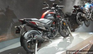 Auto Expo 2018: Honda XBlade First Look Walkaround, Specs, Details, Features