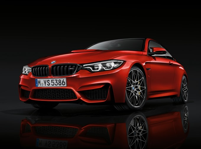 2017 BMW M4 Photos