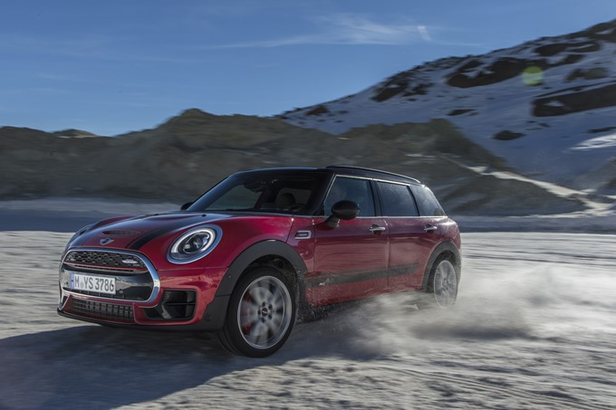 2017 MINI John Cooper Works Clubman Photos