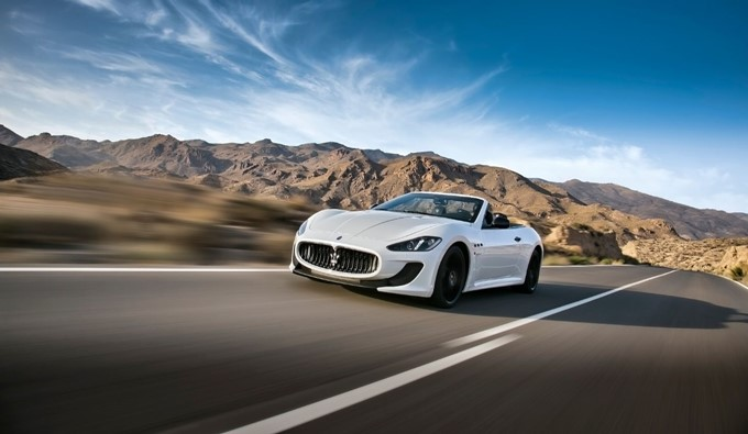 Maserati GranCabrio Photos