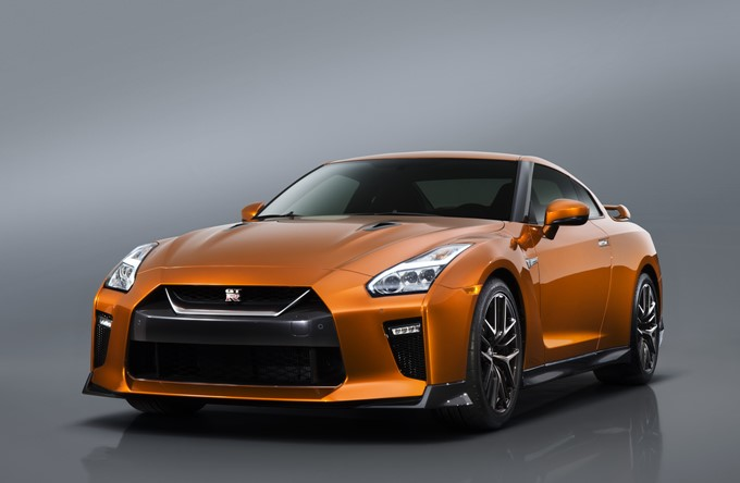 Nissan GT-R Photos