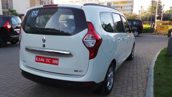 Renault Lodgy Photos