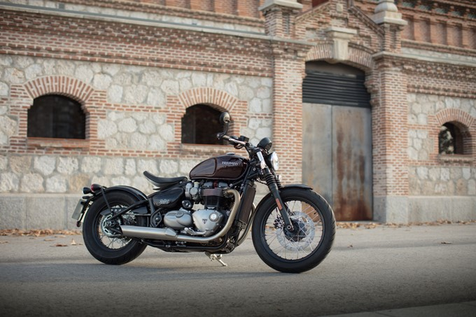 Triumph Bonneville Bobber Photos