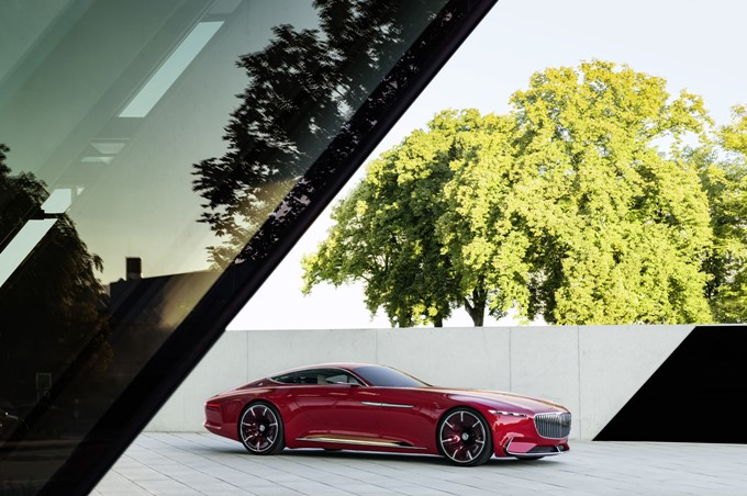 Vision Mercedes-Maybach 6 Concept Photos