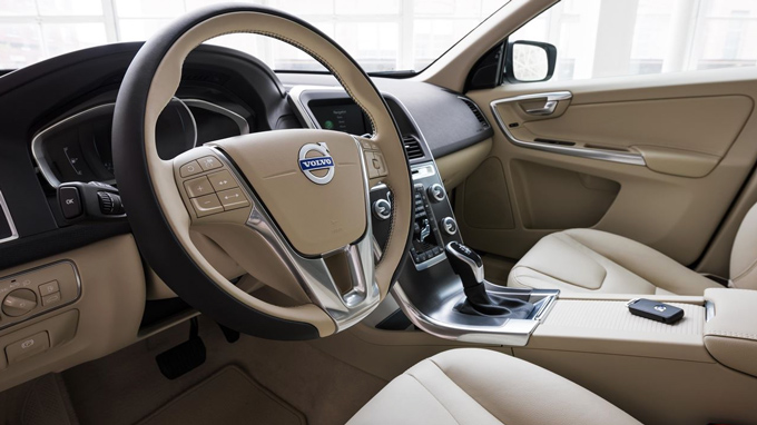 Volvo XC60 Images: Interior & Exterior Photos of Volvo XC60 - DriveSpark