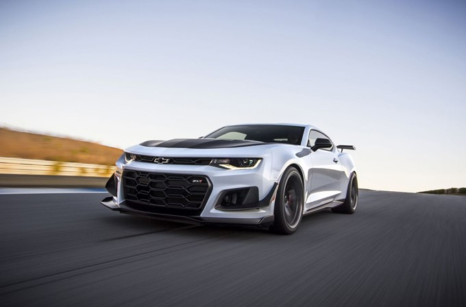 2017 Chevrolet Camaro ZL1 1LE Photos