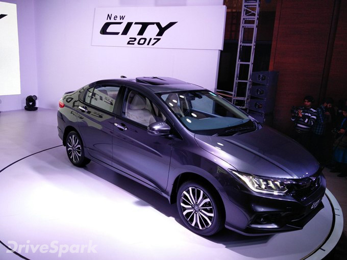 2017 Honda City Photos