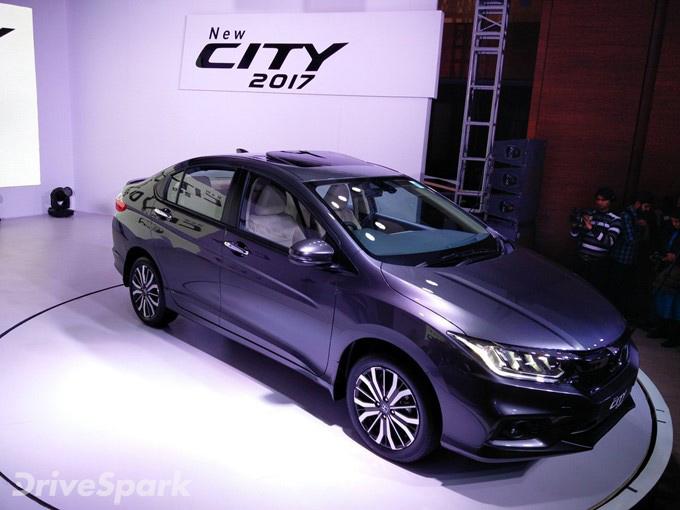 2017 Honda City Images