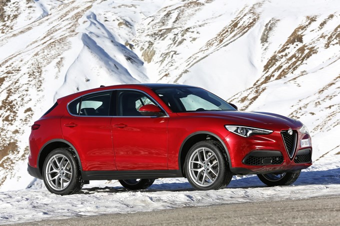 Alfa Romeo Stelvio Photos