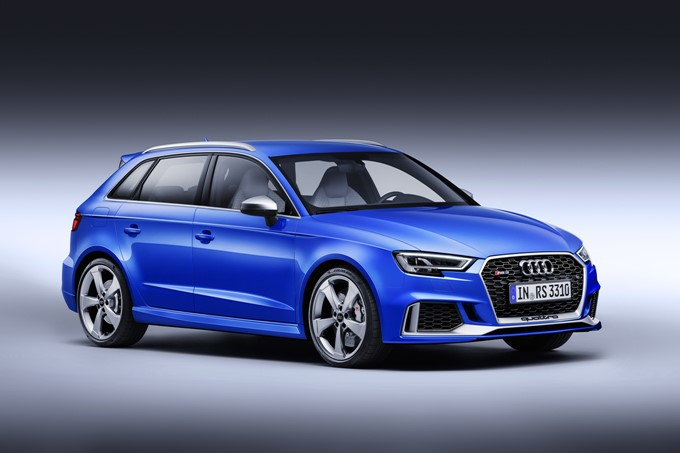 Audi RS 3 Sportback Photos