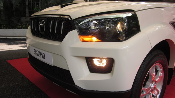 Mahindra Scorpio Photos