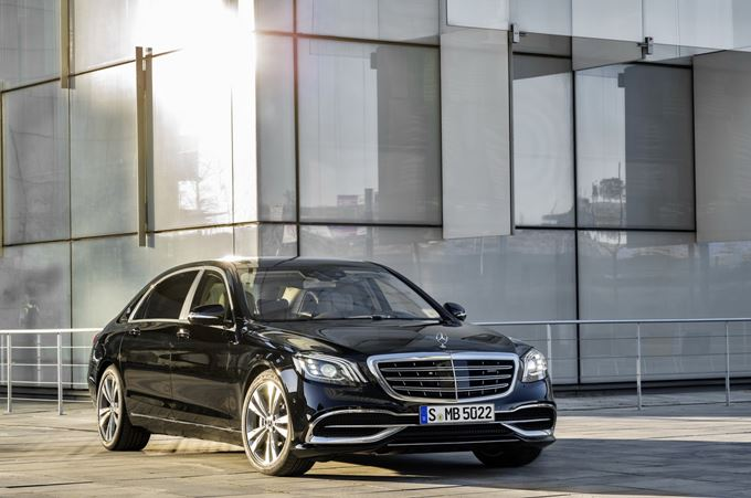 2017 Mercedes-Maybach S 560 Photos