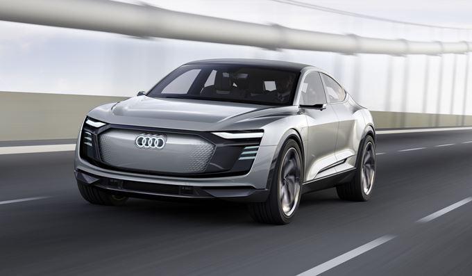 Audi e-tron Sportback Concept Images