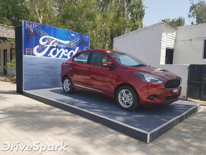 Ford Aspire Sports Edition Photos