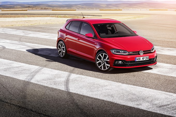 2017 Volkswagen Polo GTI Photos