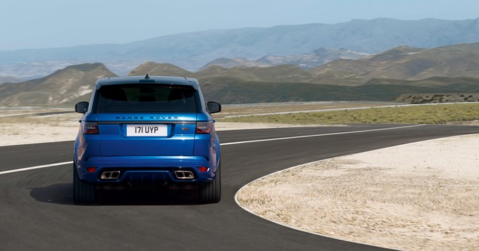 2018 Land Rover Range Rover Sport SVR Photos