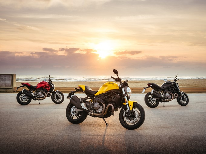 Ducati Monster 821 Photos