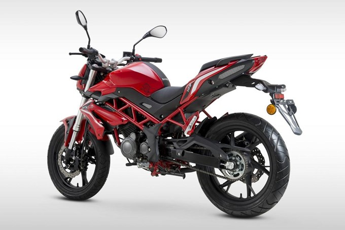 2018 Benelli BN 125 Images: Photo Gallery Of 2018 Benelli