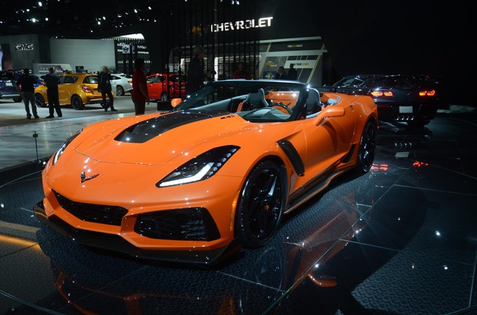 2018 Chevrolet Corvette ZR1 Convertible Photos