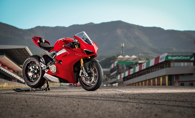 Ducati Panigale V4 Photos