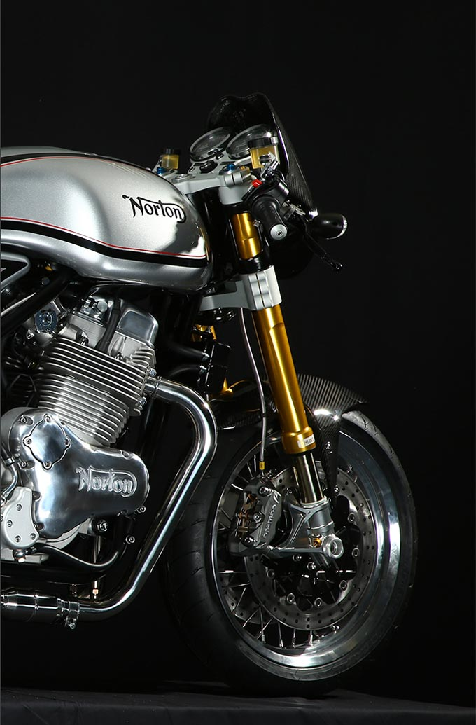 Norton Commando 961 Cafe Racer MK II Photos