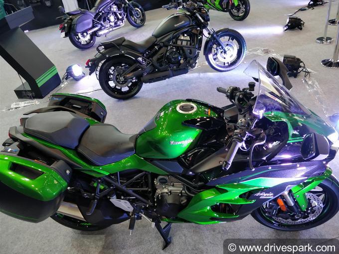 Kawasaki Ninja H2 SX SE Images