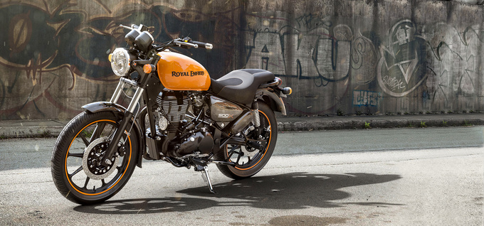 Royal Enfield Thunderbird 500X Photos