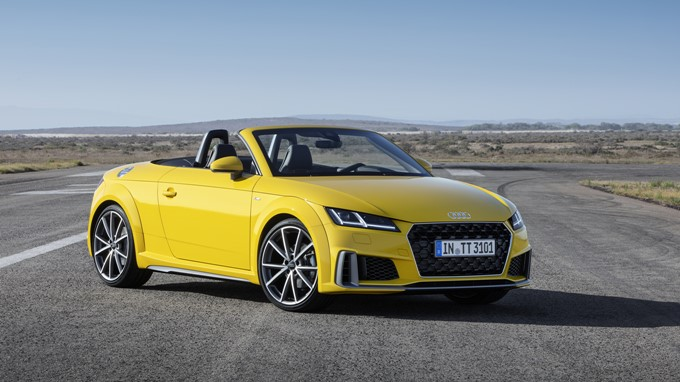 2018 Audi TT Roadster Photos