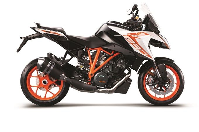 2019 KTM 1290 SUPER DUKE GT Photos